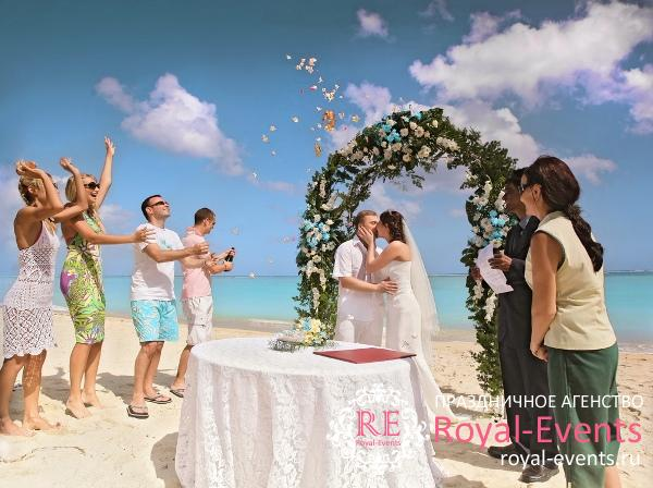 organizaciya-svadby-na-mavrikii